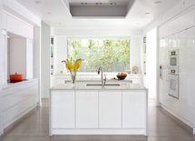 who is the maker of your countertops and what color is it?