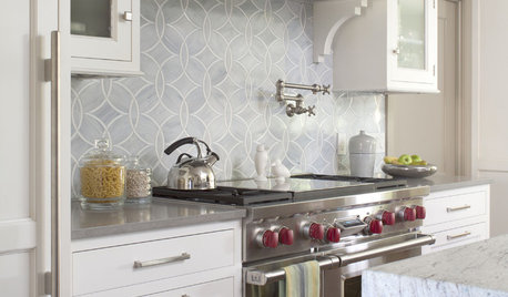Groovy Kitchen Backsplashes On Houzz Tips From The Experts Home Interior And Landscaping Eliaenasavecom