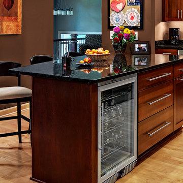 Cherry Kitchen Cabinets | Rockford Door Style | CliqStudios