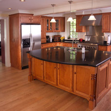 Traditional Kitchen by Home Interiors Designs