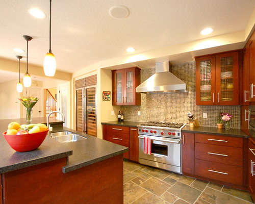 kitchen floors with cherry cabinets cherry cabinets houzz 8095