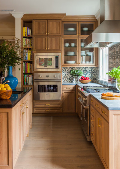 Traditional Kitchen by Caitlin Moran Interiors