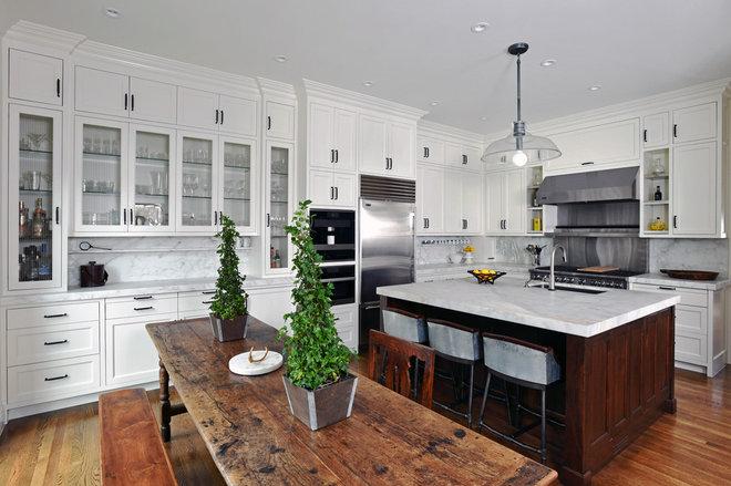 Transitional Kitchen by Jennifer Tulley Architects