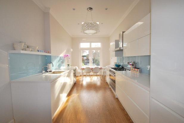 Contemporary Kitchen by Fleur Ward Interior Design