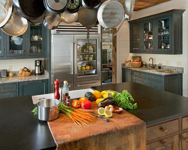 Rustic Kitchen by Platt Architecture, PA
