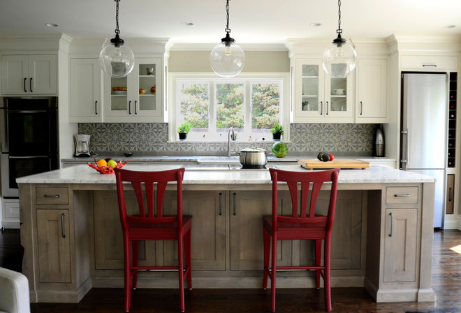 Traditional Kitchen by Studio Dearborn
