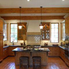 mediterranean kitchen by Jewel Box Homes - Robert Latham, GMB