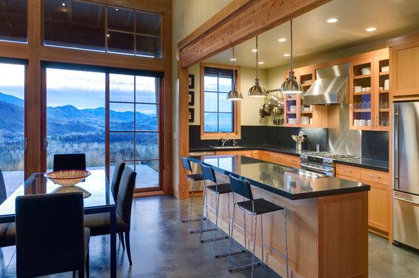 Rustic Kitchen by Balance Associates Architects