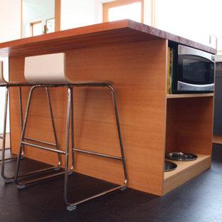 Modern kitchen appliance - Inspiration for a modern kitchen remodel in Seattle