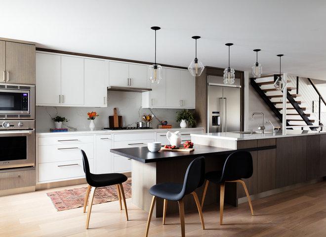 Contemporary Kitchen by Studio Dearborn