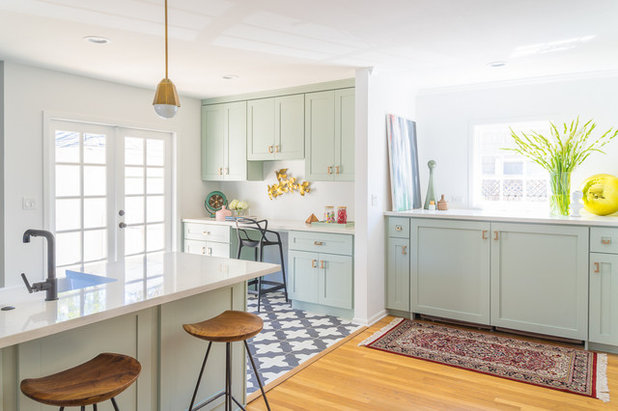 Kitchen of the Week: An Open and Airy Space With Lots of Function