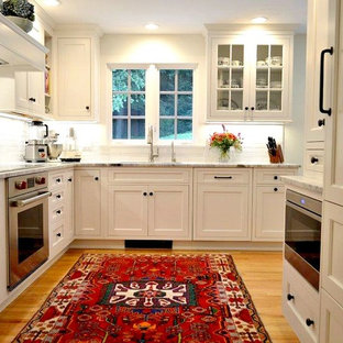 Chic Cottage  Kitchen Fit For A Queen
