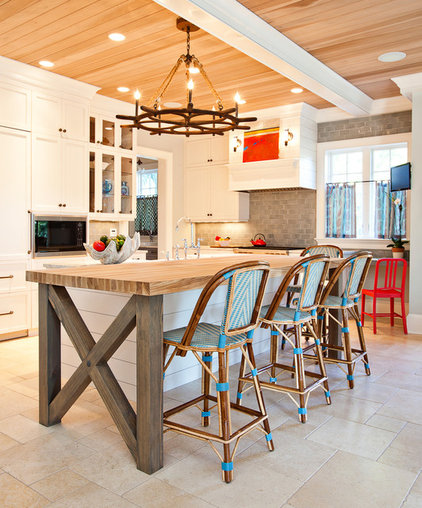 Contemporary Kitchen by Hostetler Custom Cabinetry