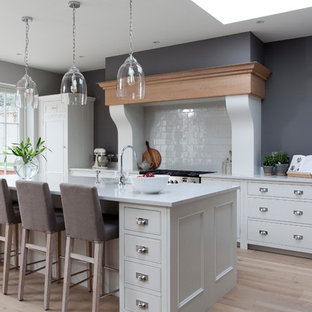 Chic White & French Grey Kitchen