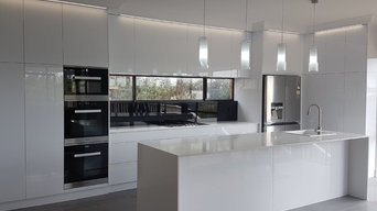 Chic White Kitchen