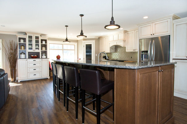 Traditional Kitchen by Starline Cabinets
