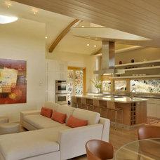 Contemporary Kitchen by levitt architects