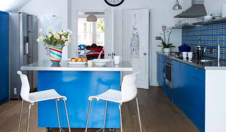 How Much Room Do You Need for a Kitchen Island?
