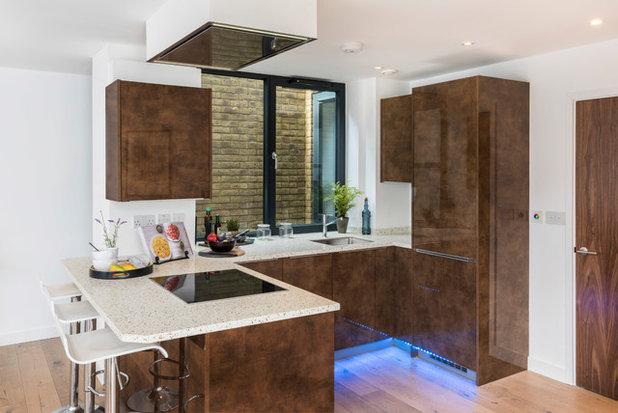 Contemporary Kitchen by NSI Design Ltd