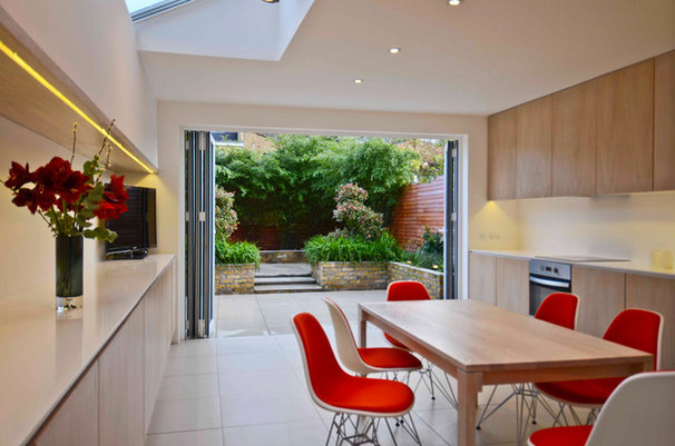 Contemporary Kitchen by Really Nice Gardens