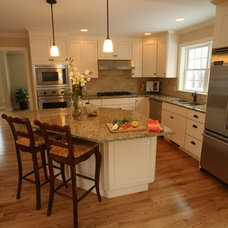 Traditional Kitchen by Bickford Construction Corporation