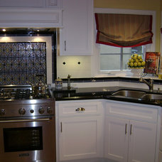 Traditional Kitchen by Chris Merenda-Axtell Interior Design