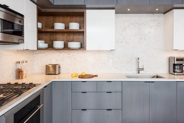 Современный Кухня by Idea Space Architecture + Design