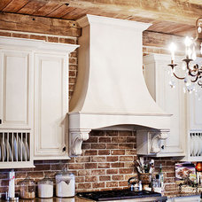 Traditional Kitchen by G&G Custom Homes, Inc