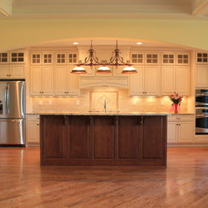Traditional Kitchen by Architectural Builders