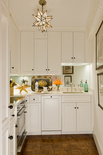 Traditional Kitchen by Gary McBournie Inc.