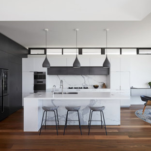 Inspiration for a large contemporary kitchen in Perth.