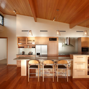 Photo of a midcentury kitchen in Perth.