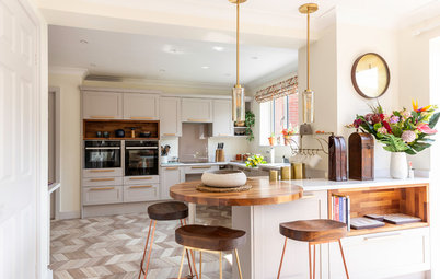 Kitchen Tour: A Stylish, Wheelchair-friendly Open-plan Space