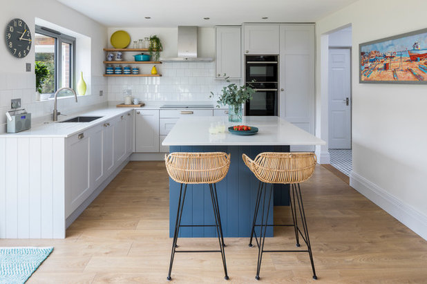 Contemporary Kitchen by Clare Elise Interiors