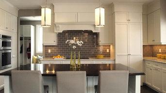 Classic Contemporary Nantucket Kitchen
