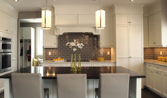Classic Contemporary Nantucket Kitchen