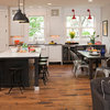 Houzz Tour: West Coast Casual Meets Midwest Traditional