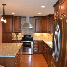 Traditional Kitchen by Amy Fix, AKBD, Design and Sales at The JAE Company