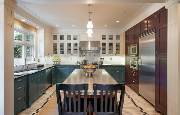 Traditional Kitchen by Fradkin Fine Construction, Inc.