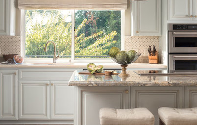 A Fresh Traditional Kitchen With Room for the Grandkids