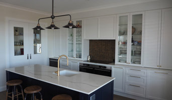 Classic Navy & White Kitchen