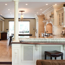Traditional Kitchen by Fivecat Studio | Architecture