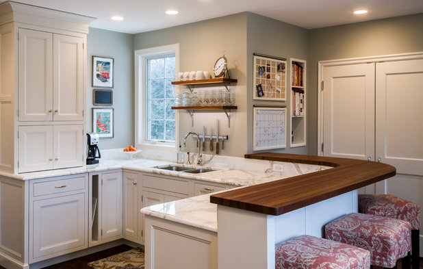Traditional Kitchen by PB Kitchen Design