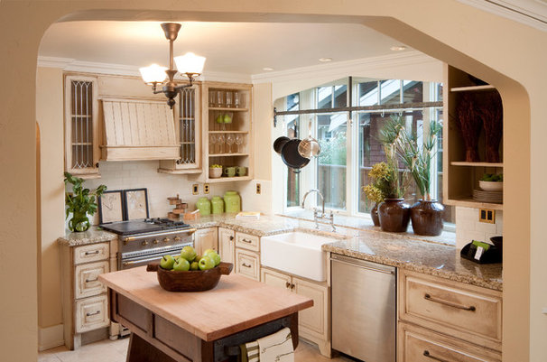 Traditional Kitchen by Homeland Design, llc