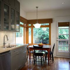 traditional kitchen by jodi foster design + planning