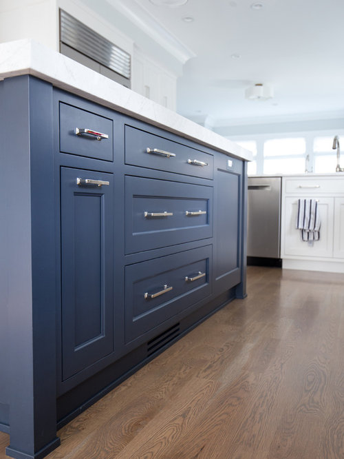 Mid Sized Blue Eat In Kitchen Design Ideas Renovations