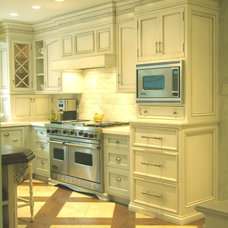 Traditional Kitchen by Victor Hill III