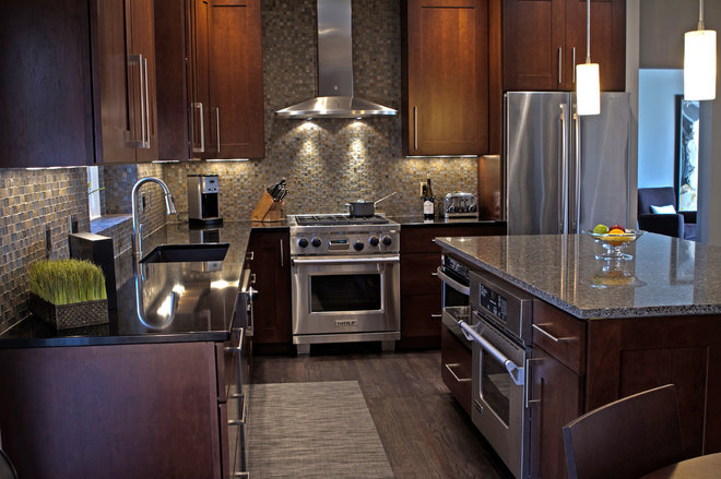 Contemporary Kitchen by Kitchen Concepts, Inc.