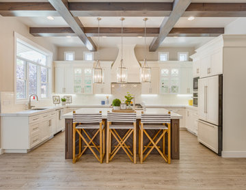 Classy Transitional Kitchen Remodel