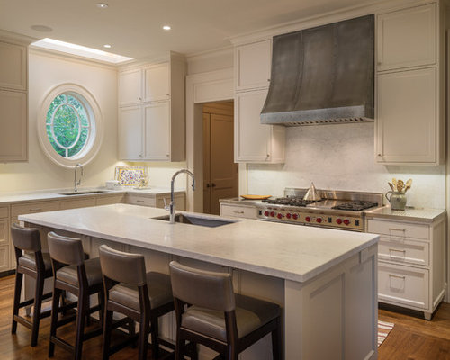 example of a classic lshaped eatin kitchen design in san francisco with